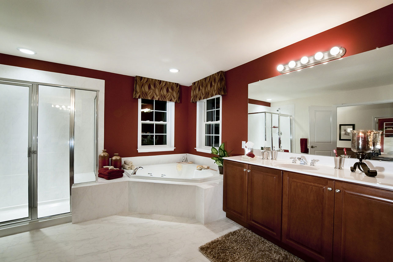 owners room bath in a home for sale in Lehigh County