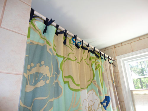 shower-curtain-tabs