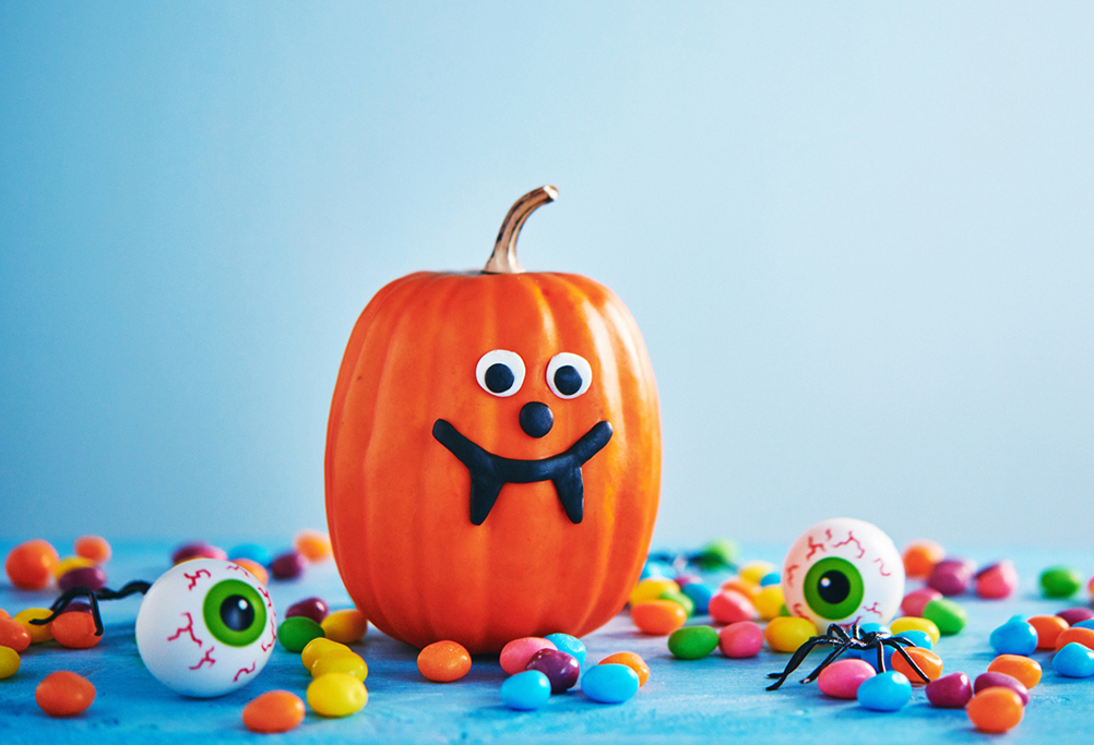Have you ever wanted to try making your own candy? Skip the grocery store and try these homemade recipes for your Halloween party this year! Martian Marshmallows These adorable marshmallow creatures will be a hit with kids and adults alike! Wrap the leftovers in cellophane and hand them out as favors – if they haven't all disappeared by the end of the party! Scary Eyeballs These peanut better treats are so much fun and taste great too! Perfect Peppermint Patties This is a classic for all to enjoy! With just a few simple ingredients needed, you'll impress your guests with just a little effort. Pecan Caramel Candies Get the whole family involved in making these simple, sweet & salty treats. Dark Chocolate Pumpkin Truffles These two classic fall flavors make for an unexpected and delicious combination. Coconut Joys If you love Almond Joy, you'll love these simple, no-bake bites! We hope you enjoy these great recipes! If you're looking for a brand new home in a convenient location with a wonderful tight-knit community and the best luxury amenities, you should consider moving to The Reserve at Creekside or one of our other communities. For more information feel free to contact us! We're happy to answer all of your questions!