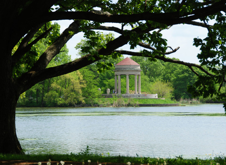 Gazebo structure in FDR park by the side of the river