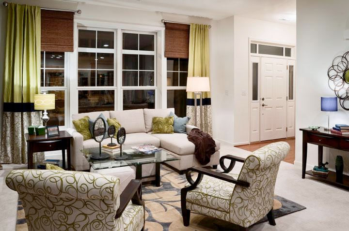 Adriana Living Room & Entrance